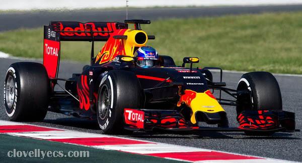 Red Bull ได้คัดเลือกบุคคลอาวุโสจากคู่แข่ง Mercedes เพื่อเป็นผู้นำโปรแกรมเครื่องยนต์ Formula 1 ใหม่ของพวกเขา Ben Hodgkinson หัวหน้าฝ่ายวิศว